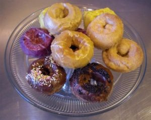 © Image from Peeples Organic Donuts